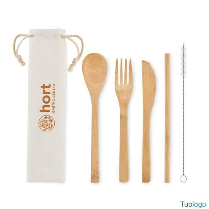 Coltello forchetta cucchiaio e cannuccia in bamboo con spazzola e custodia in tela con logo