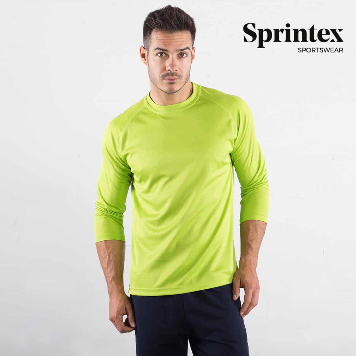 Uomo con tshirt manica lunga in poliestere di colore verde fluo