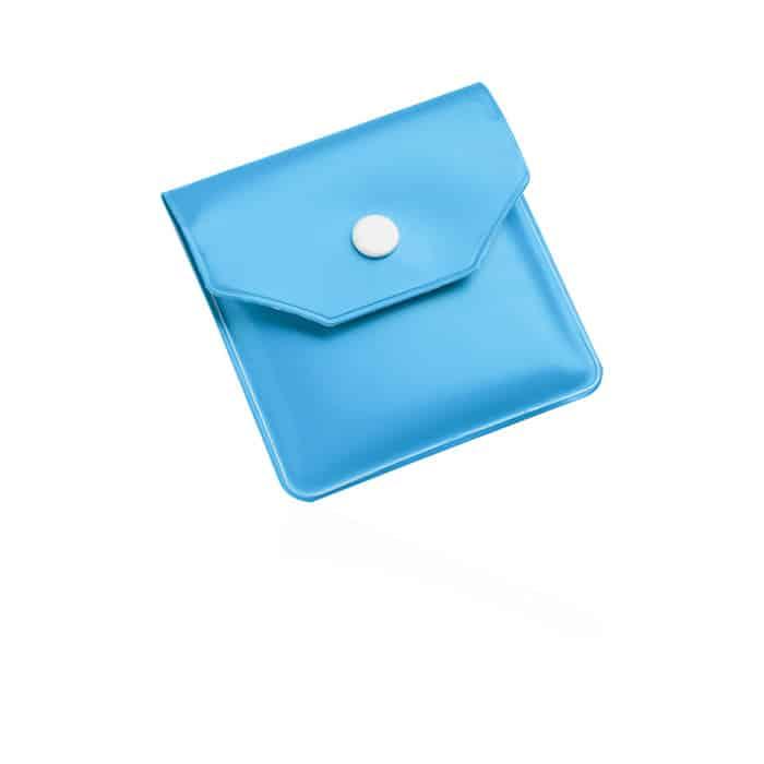Posacenere tascabile in plastica azzurra