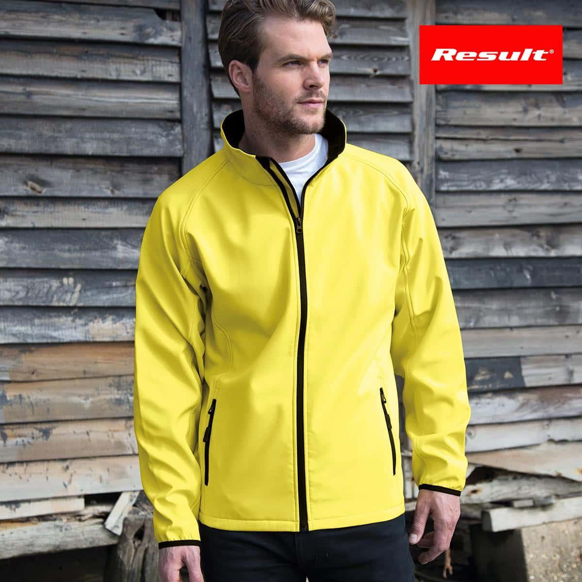 Uomo con giacca traspirante gialla con interno in micropile e tasche laterali con zip 100% poliestere