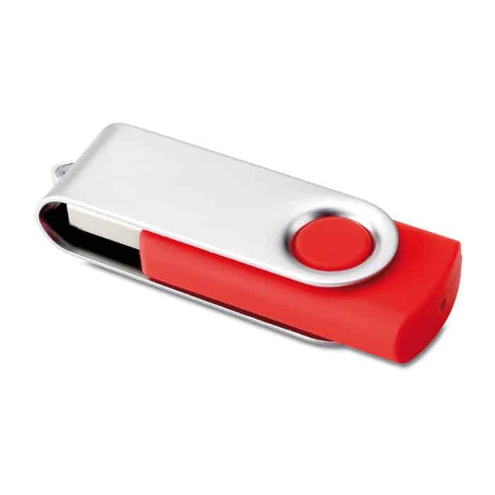 Chiavetta usb rossa con chiusura protettiva in metallo